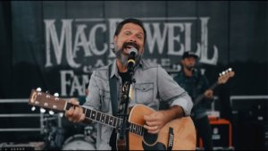 Mac Powell and the Family Reunion – Back Again